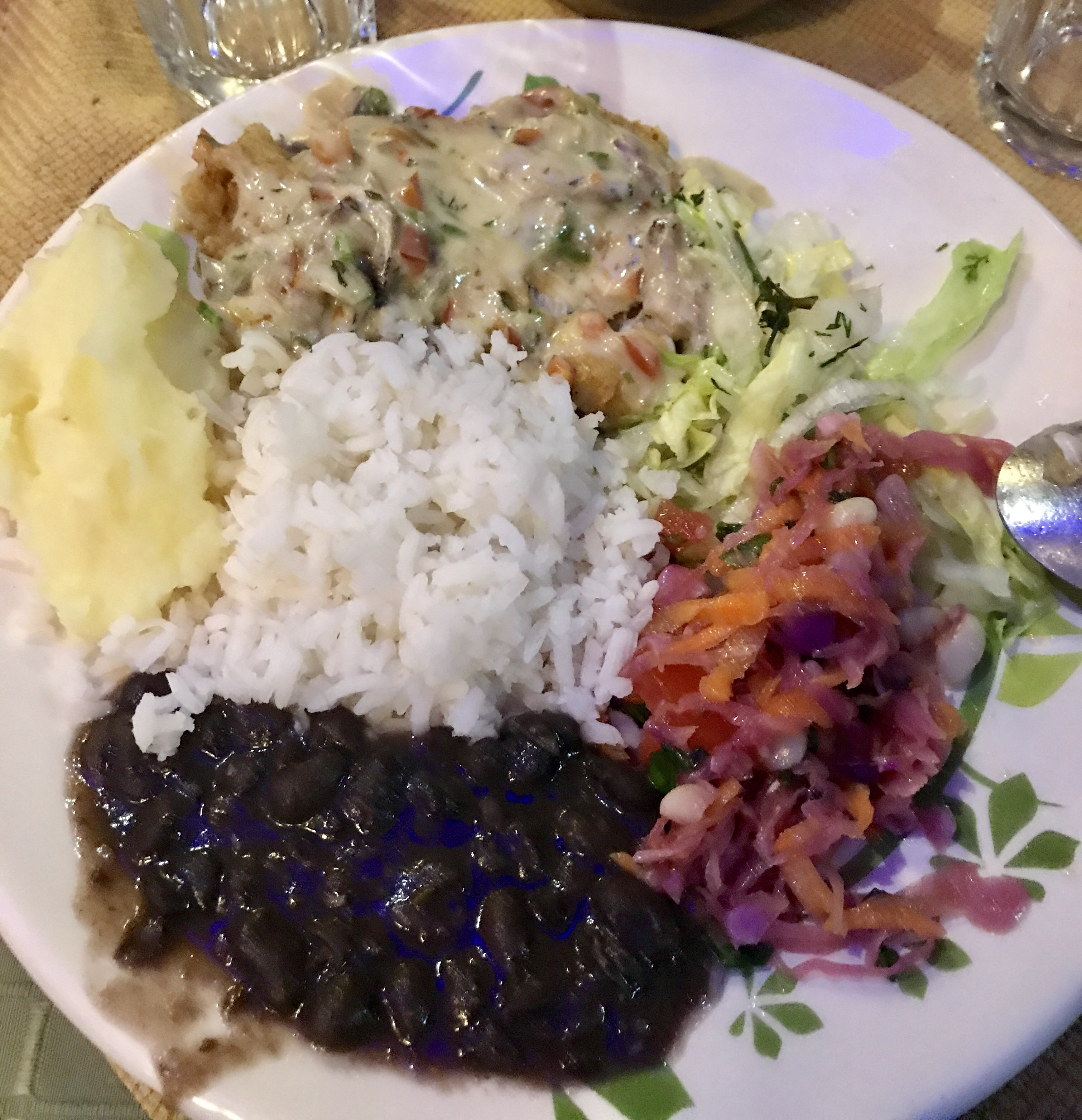 Quito food proverbs 16 9 for What goes good with fried fish